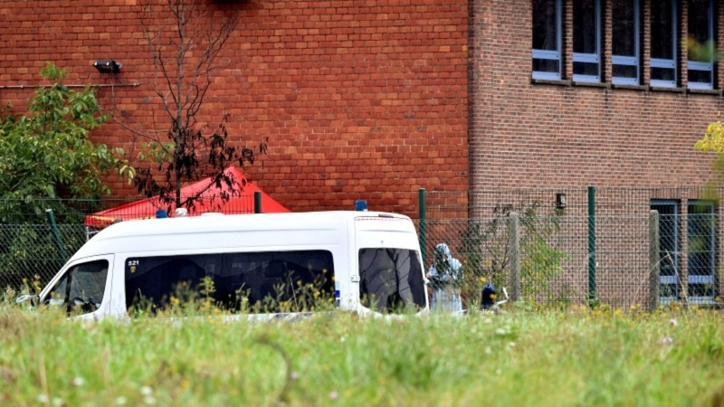 Five people arrested after Brussels crime lab fire
