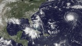 Storms threaten to pound North Carolina, Florida