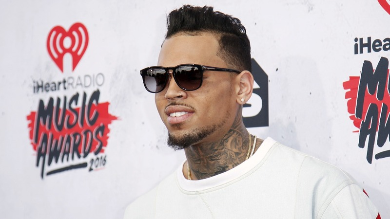 Chris Brown in police standoff after woman's 911 call