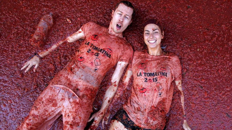 INSIGHT: Partying in pulp at Spain's Tomatina