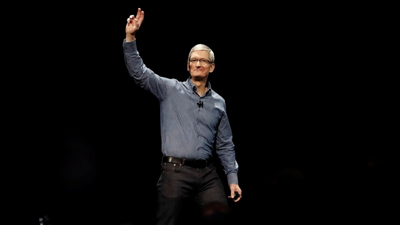 Apple CEO says EU tax ruling 'total political crap'