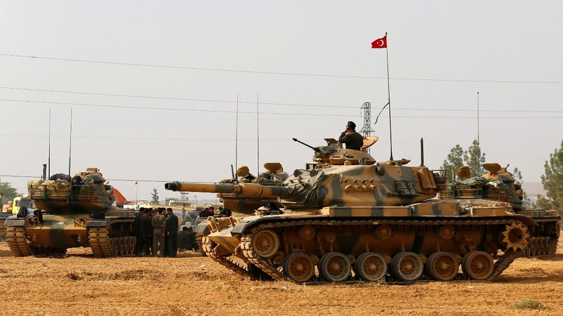 Turkish tanks enter Syria amid stalled talks