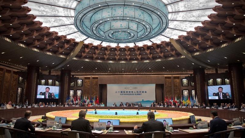 Obama presses China's Xi on South China Sea at G20