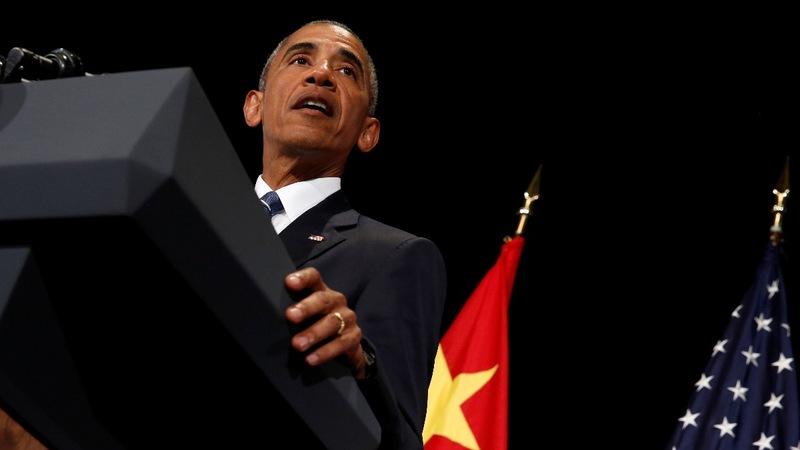 Obama defends Kaepernick's right to kneel in protest