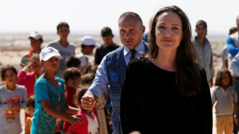 INSIGHT: Jolie visits refugees in Jordan