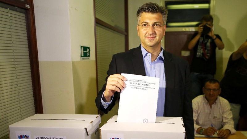 Croats vote for second government in a year