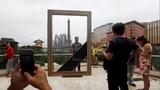 Adelson's optimistic $3 billion bet on Macau