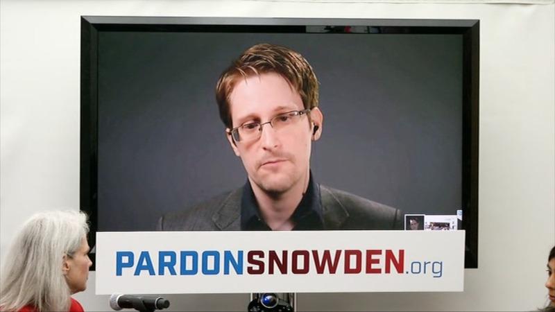 Snowden seeks presidential pardon