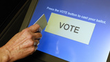 Aging voting machines pose U.S. election threat