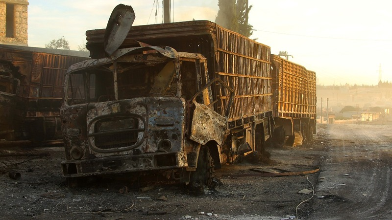 Syria aid convoys halted after deadly strike