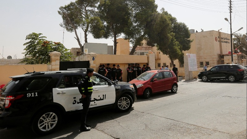 Jordanian writer shot dead outside court