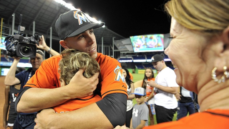 Marlins pitcher dies in boating accident