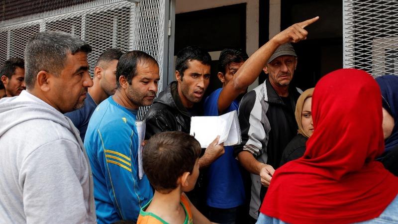 Migrant pressure builds in Serbia