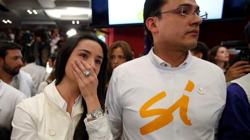 Colombian voters reject landmark peace deal
