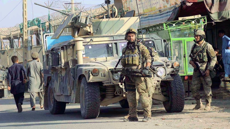 Afghan forces fight to clear Taliban out of Kunduz