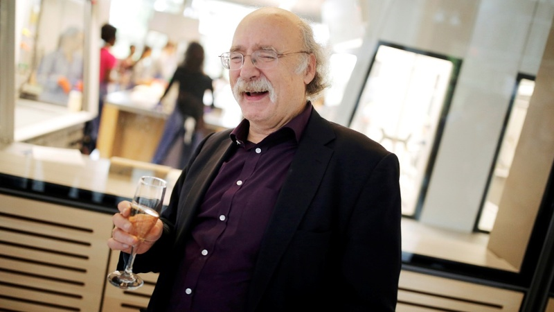 Physicist says 'imagination' key to Nobel win