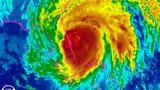 Hurricane Matthew lashes Florida, but no direct hit yet