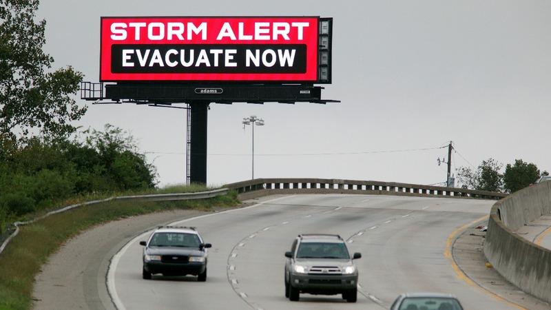 Hurricane Matthew lashing South Carolina