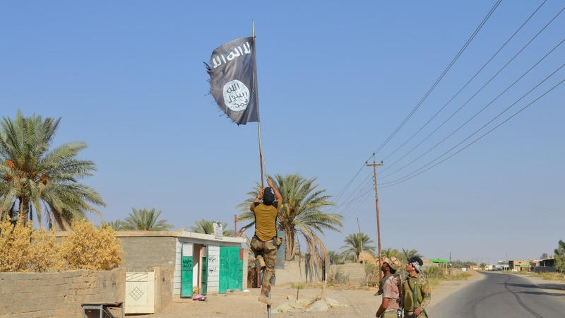 Islamic State rigs Mosul with bombs