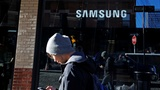 Samsung woes may benefit Google more than Apple