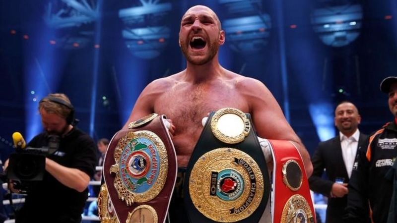 Fury 'vacates' world boxing titles