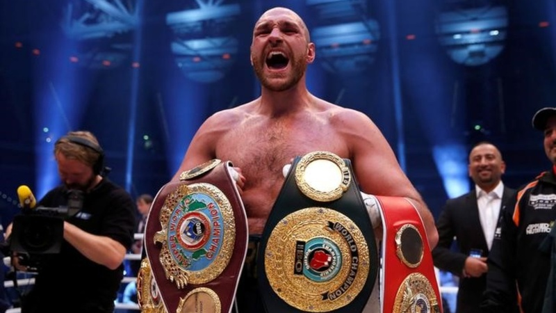 Fury 'vacates' world boxing titles