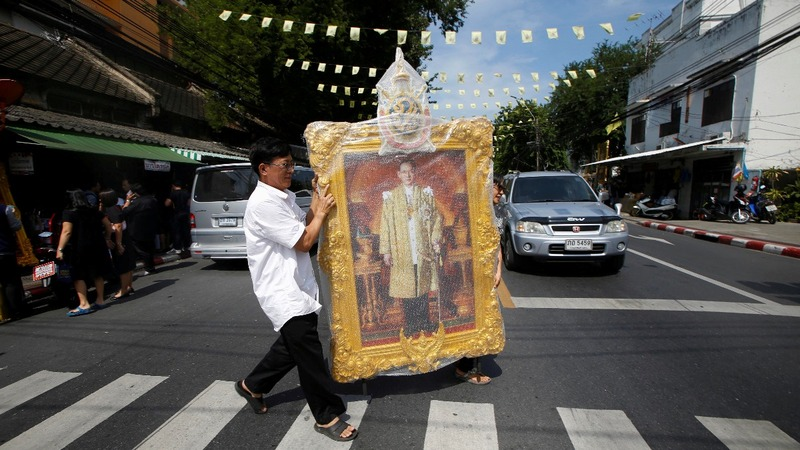 Portraits of Thailand's late king fly off shelves