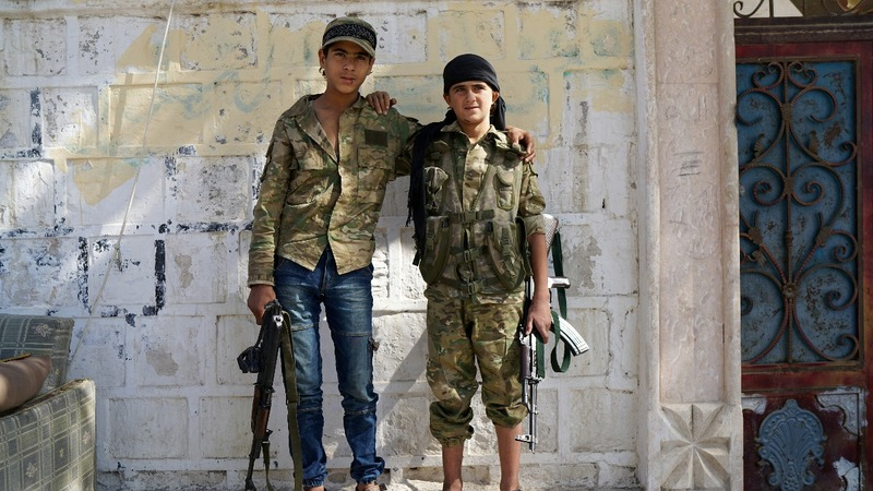 Young rebels eye Aleppo, risking Turkish ire