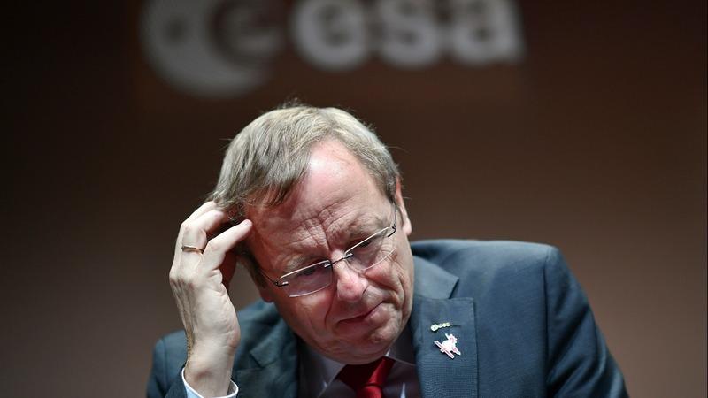 Radio silence as Mars lander lost on descent