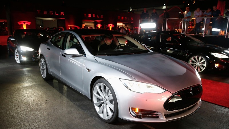 Tesla's fully autonomous car plans spook investors