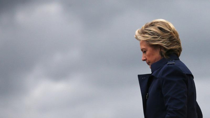 Clinton's lead cut in half: poll