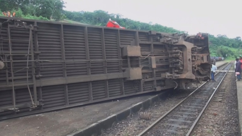 More than 70 killed in Cameroon train crash