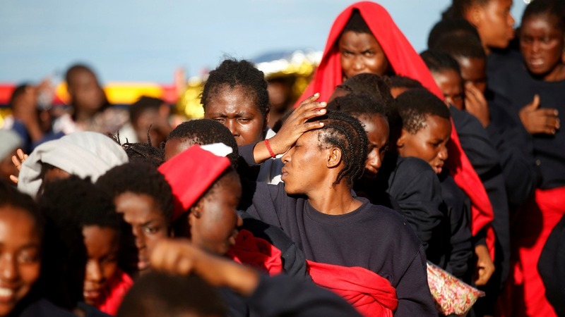 Pregnant migrants amongst 434 rescued at sea