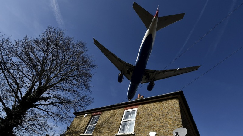 UK finally OKs extra runway at Heathrow