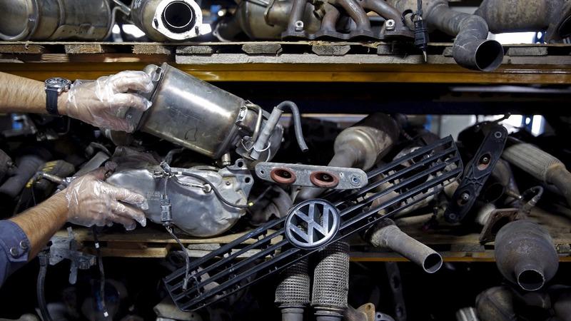 U.S. judge okays $15 bln VW settlement