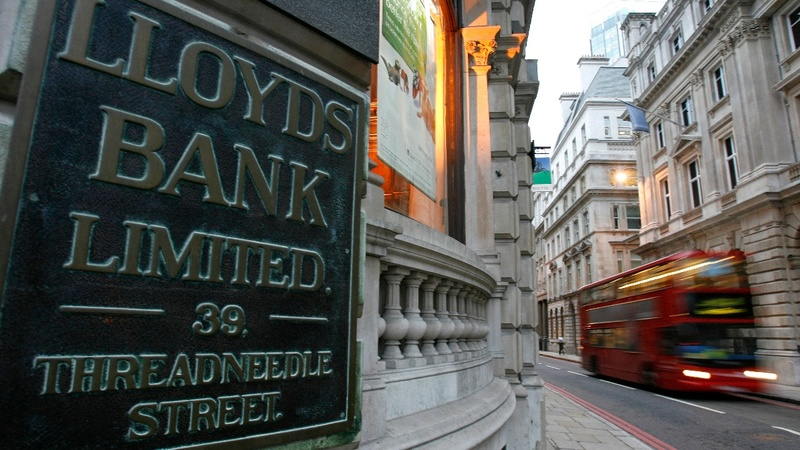 Lloyds shrugs off Brexit impact