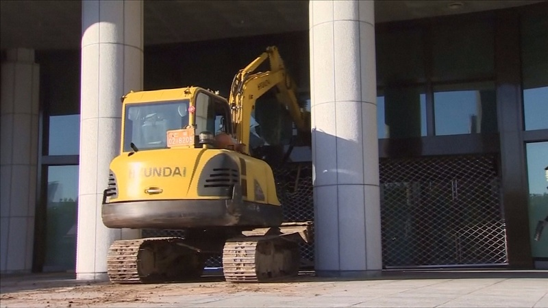 INSIGHT: Excavator joins protests in Seoul