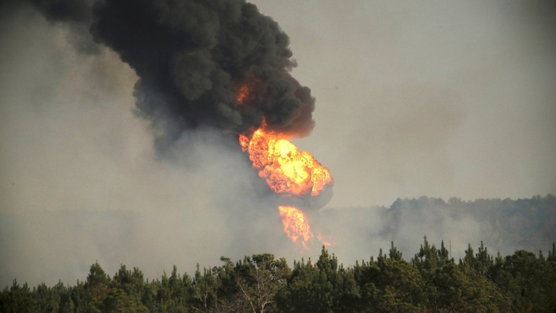 A major U.S. oil pipeline shut down after explosion