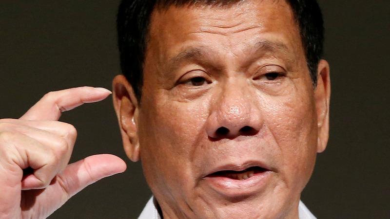 Duterte slams U.S. for suspending arms sale