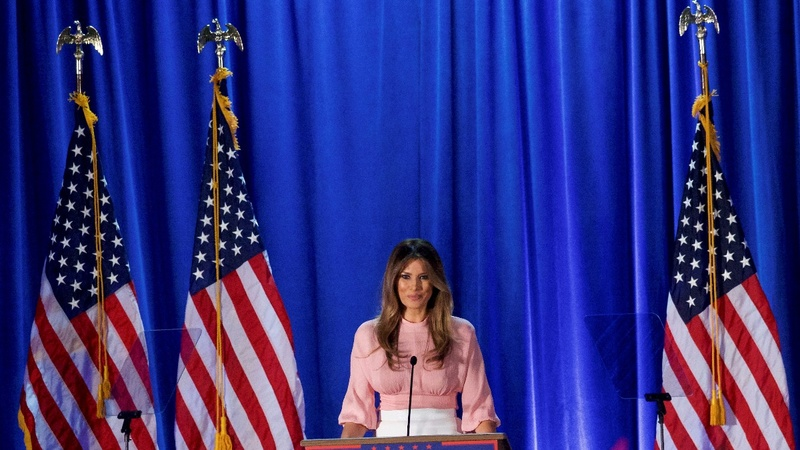 Obama, Melania join hunt for votes in final days
