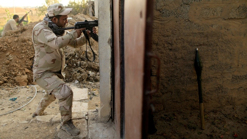 Iraqi forces push deeper into east Mosul