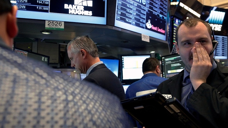 Wall Street in longest losing streak since 1980