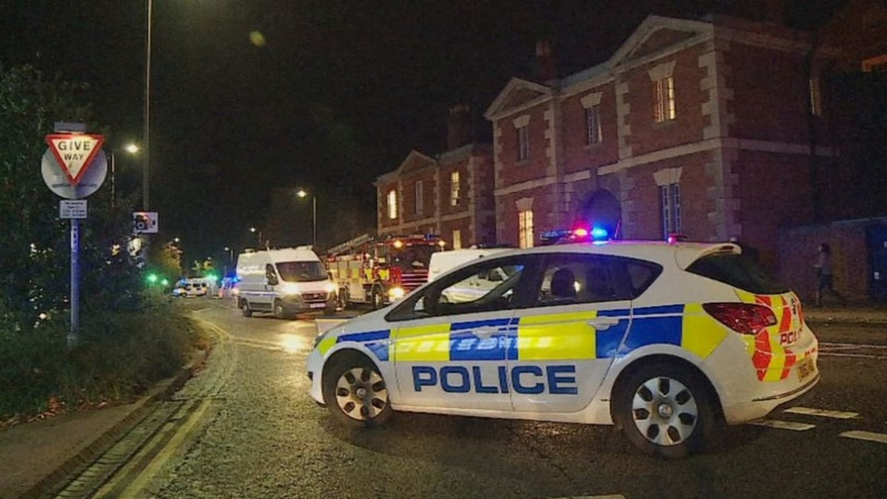 Inmates take over UK prison