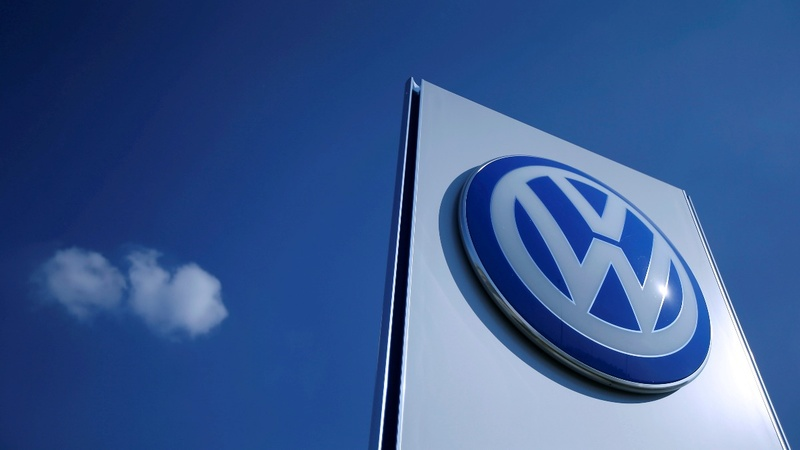 Volkswagen chairman probed over emissions scandal