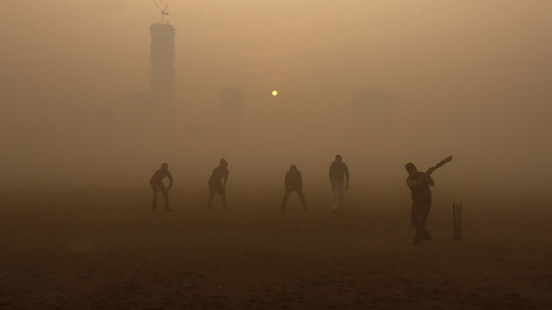 India's capital city chokes on smog