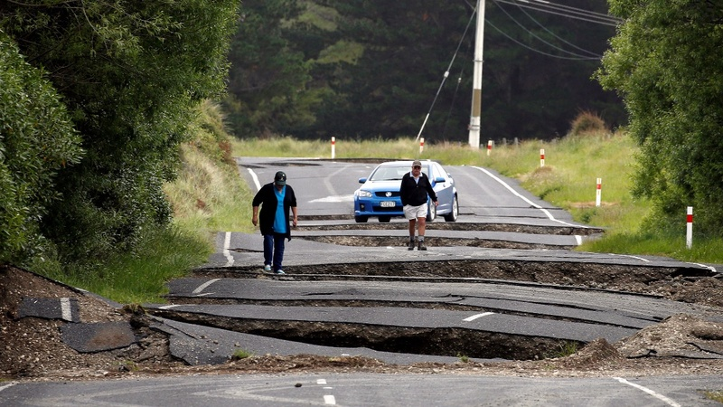 At least 2 dead in New Zealand earthquakes