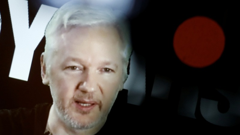 Assange questioned on Swedish rape claims
