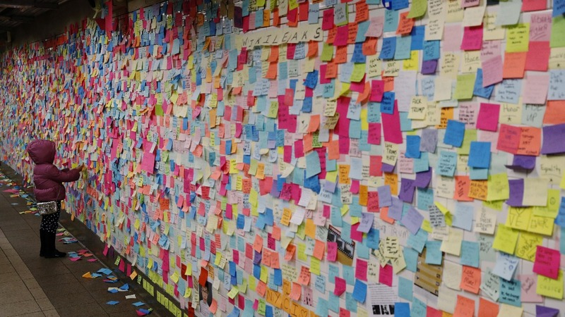 New Yorkers deal with election through post-it note protest