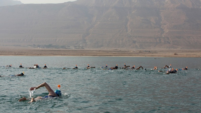 Swimmers cross Dead Sea to highlight plight