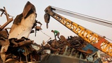 India hunts for train crash survivors as death toll rises